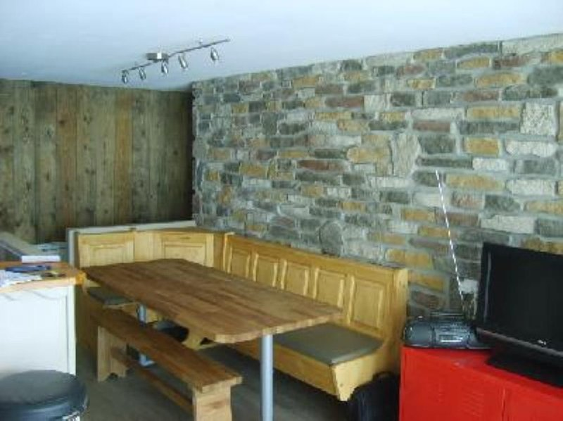 Apartment/ flat - Alpe d'huez, holiday rental in L'Alpe-d'Huez