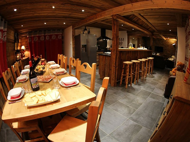 5 * ideally placed to the tracks of the feet in a warm and luxurious, location de vacances à Valloire