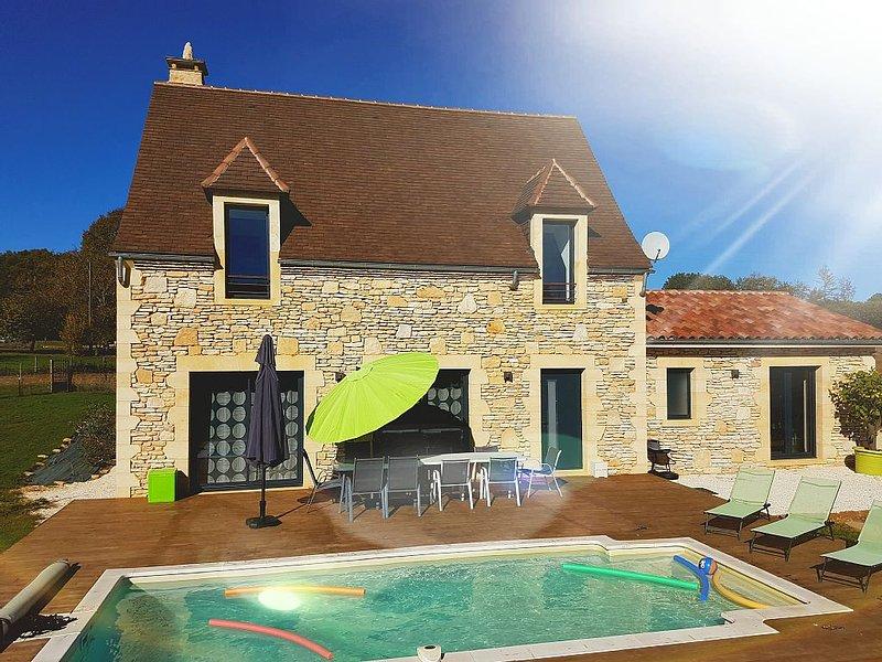 Maison Périgourdine Grand Confort / Piscine privée chauffée  / 10km Sarlat, holiday rental in Saint-Genies