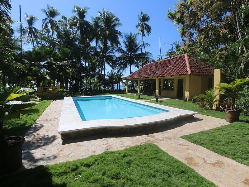 Experience Costa Rica Living! Beautiful Beachfront Pool Home!, holiday rental in Esterillos Oeste