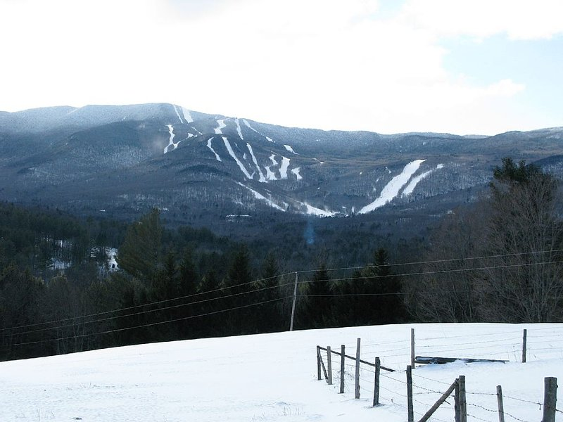 Sugarbush 2 Bedroom Slopeside Condominium, alquiler de vacaciones en Fayston