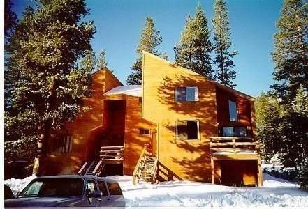 Beautiful & Convenient Kirkwood Chalet, holiday rental in Bear Valley