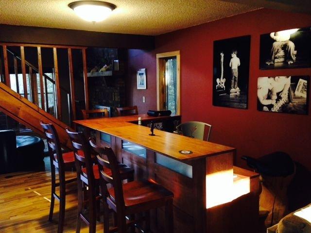 Main House: Bar