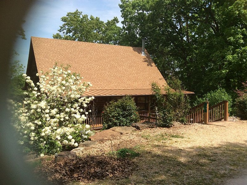 Cabin in the woods!!, vacation rental in Eagle Rock