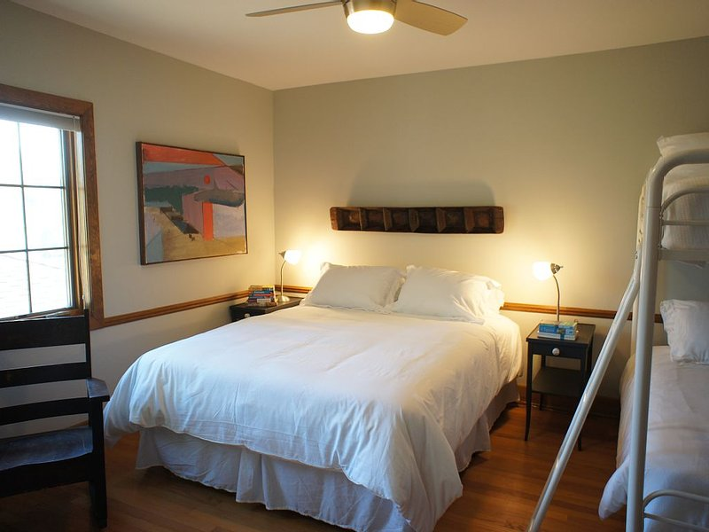 E BEDROOM: queen mattress with heated pad, twin bunk beds, ceiling fan/light