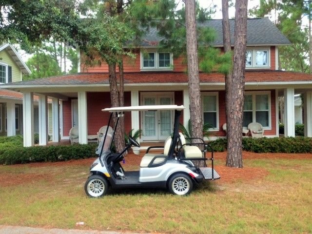 Right Across from Pool & Clubhouse**Golf Cart Included** Book Spring/Summer Now!, holiday rental in Sandestin
