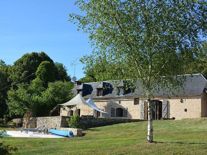 Belle longère en pleine nature avec piscine - Périgord Noir, holiday rental in Cressensac