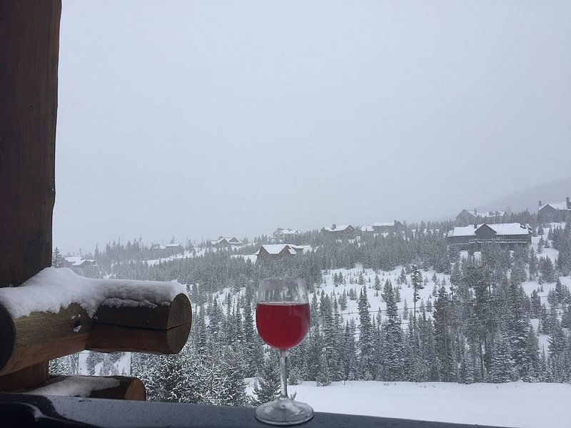 Moonlight Basin-Saddle Ridge, 3 bedroom, 3 1/2 bath ski-in/ski-out  townhome, alquiler vacacional en Big Sky