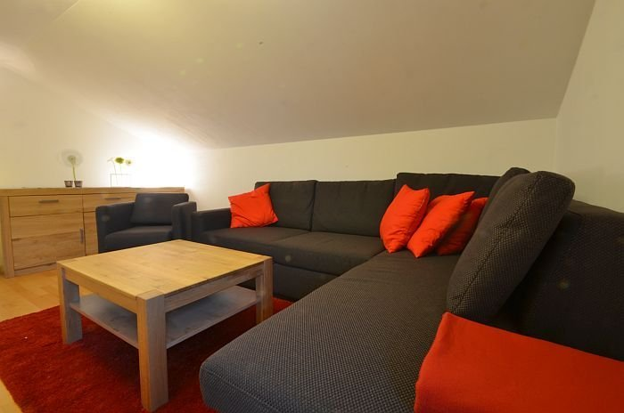 Apartment Lisa - cosy and modern apartment, a step away from ski -lift, vacation rental in Zell am See