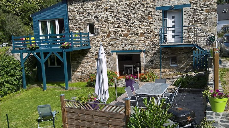 Location de vacances rez de jardin, holiday rental in Plouezoc'h