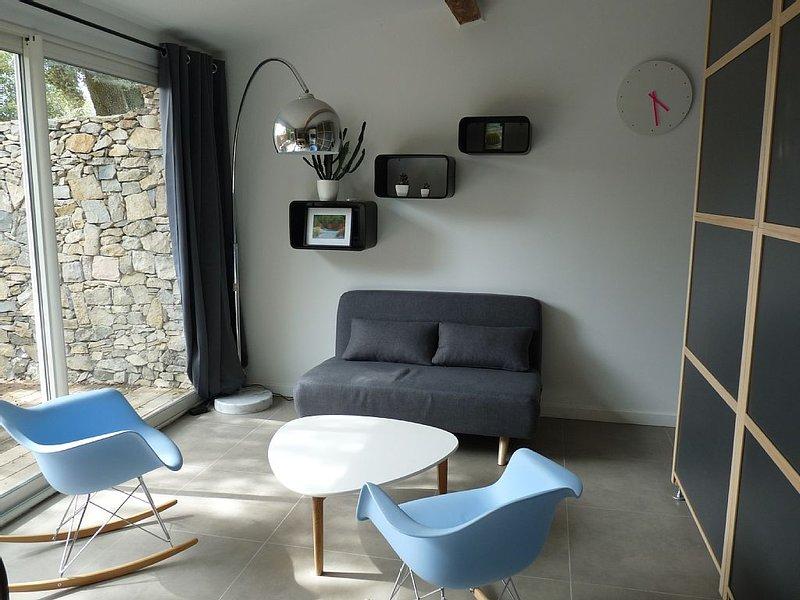 Mazet contemporain au coeur de Nîmes, holiday rental in Nimes