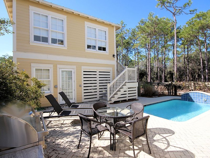 Private Pool with Outdoor Loungers, BBQ Grill, & Additional Seat