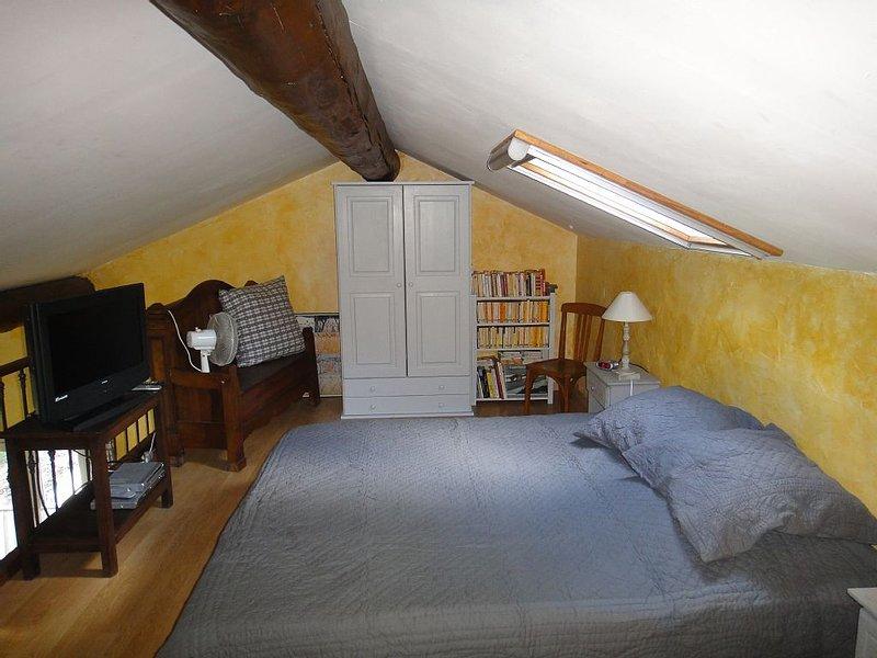 mezzanine room velux with mosquito net