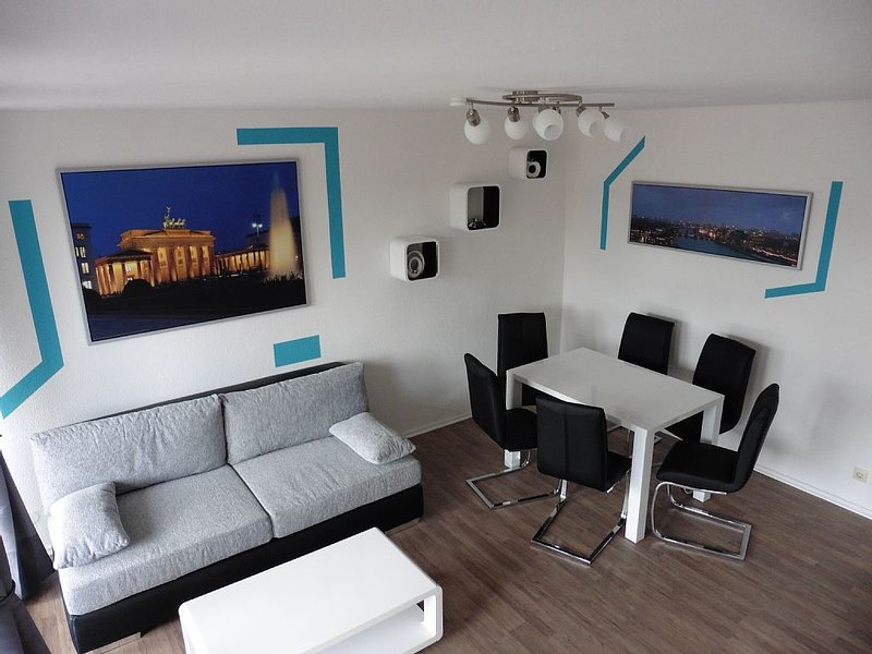 Experience the vibrant city life first hand., holiday rental in Mahlow