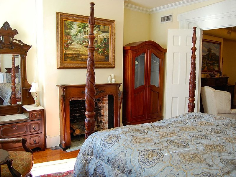 King Bedroom, With Beautiful Antiques