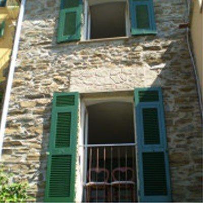 Charming stone cottage with sea views in the village of Manarola, casa vacanza a Cinque Terre
