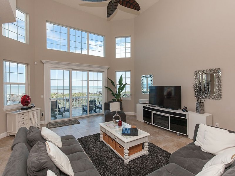 2nd LEVEL MAIN LIVING AREA WITH BREATHTAKING OCEAN VIEWS !