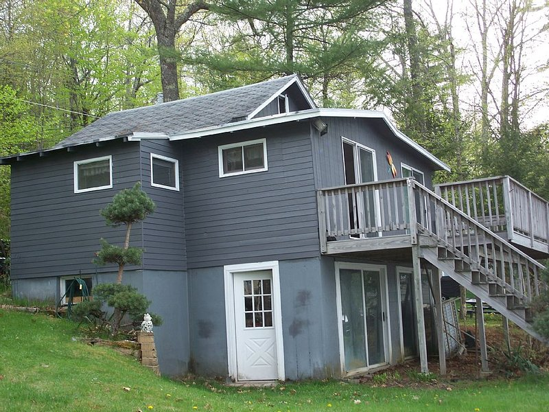 Waterfront With Amazing Views of Maine and New Hampshire!!!!, holiday rental in Rochester