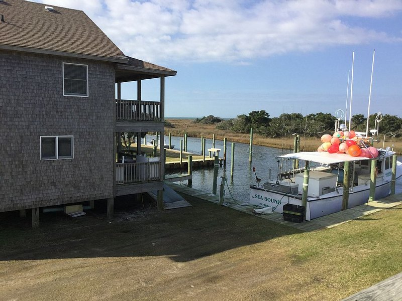 boat slip available with rental