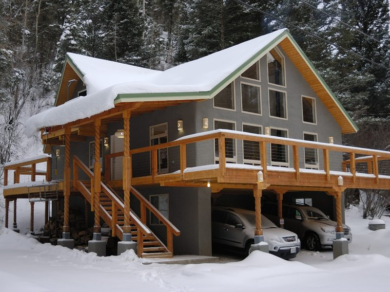 Beautiful Mountain Retreat Just Minutes From the Slopes!! – semesterbostad i Taos Ski Valley