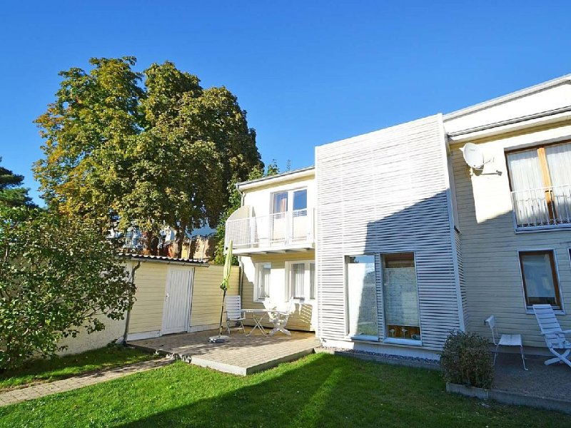 Haus Sonnenschein - Appartement Studio, holiday rental in Seebad Ahlbeck