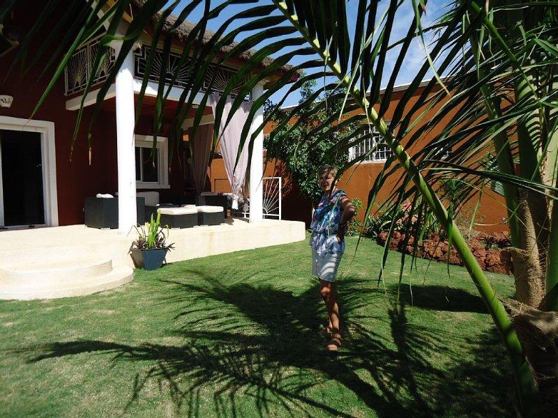 Trés jolie villa dans domaine de standing, location de vacances à Saly