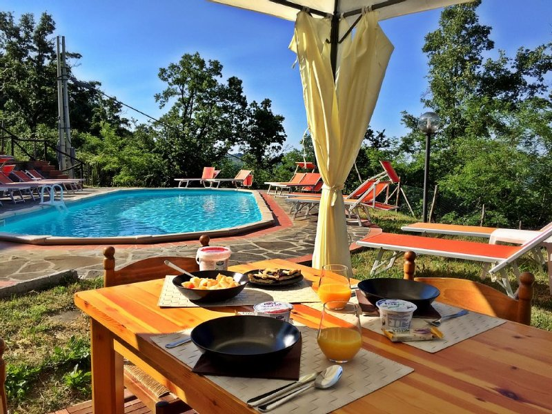 Breakfast time at the gazebo next to the swimming pool