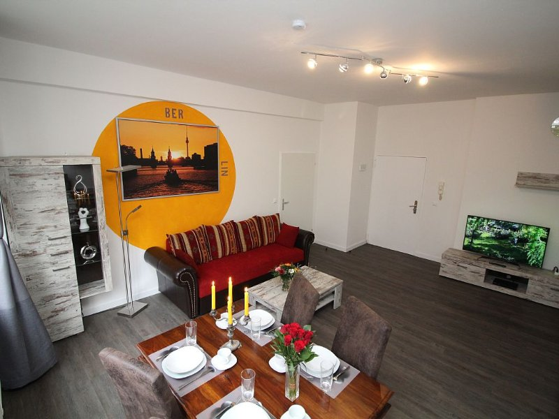 Experience the pulsating city life first hand., vacation rental in Berlin