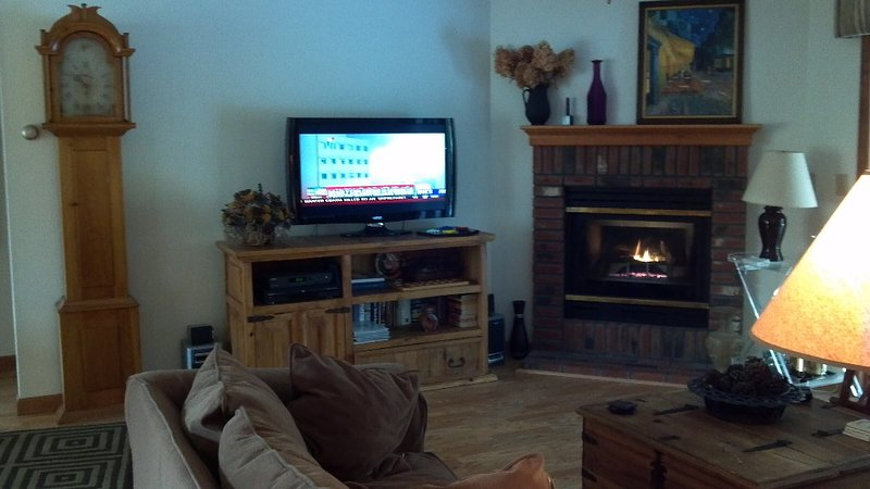 Condo at Deerpark Resort - White Mountains, ~NH~, holiday rental in Lincoln