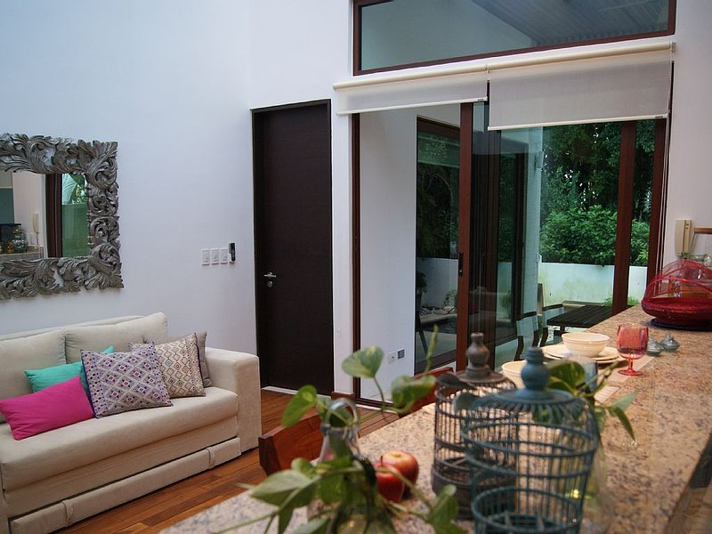 Peaceful Town Home, golf & well being, Akumal, holiday rental in Chacalal