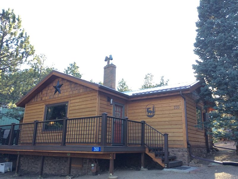 *Spring Special*  Charming Cabin In The Pines, vacation rental in Estes Park