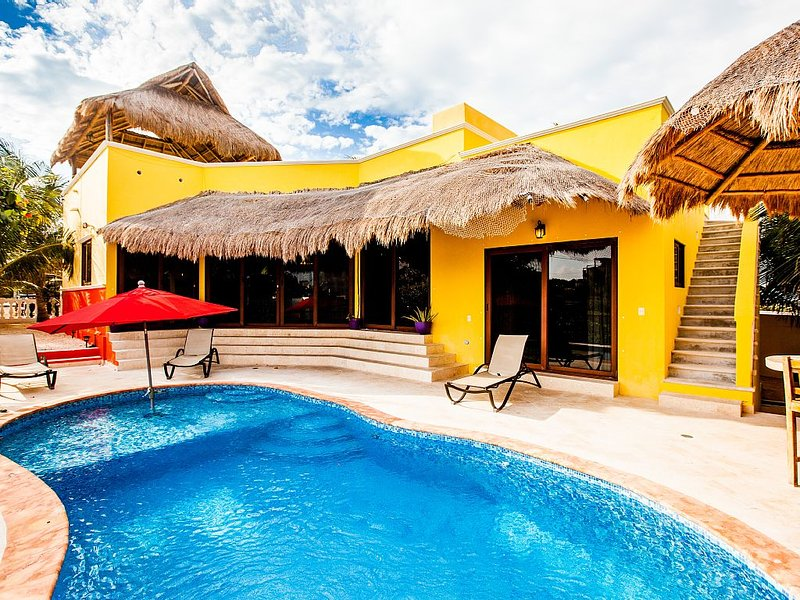 Charming Private  Retreat, holiday rental in Isla Mujeres