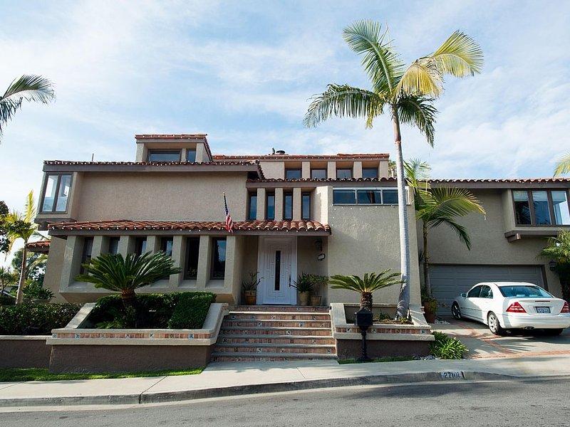 Beautiful home -Great location!!! ~ Borders San Clemente ,Ocean View -, alquiler de vacaciones en San Clemente