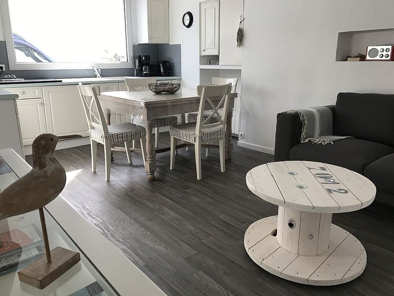Fisherman house 50 Meters From The Beach and Thalasso, holiday rental in Concarneau