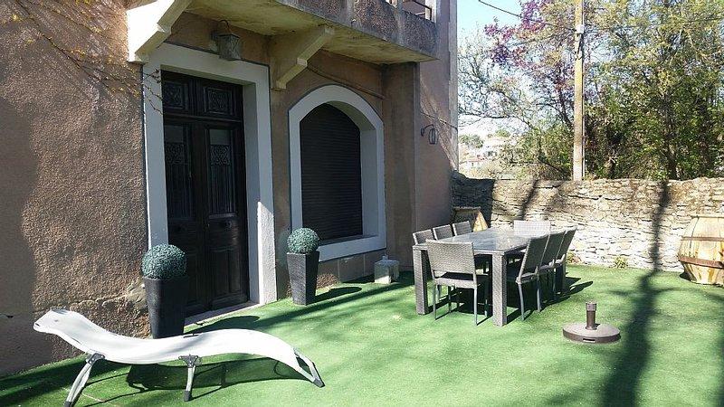 Grande maison rénovée dans domaine viticole - A 5 min de Carcassonne, Ferienwohnung in Aragon