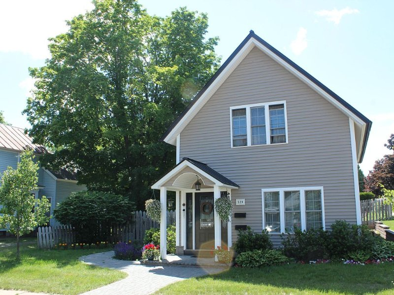 Walking distance to shopping, dining, and brew pubs.  Nearby NMU and hospital, alquiler de vacaciones en Marquette