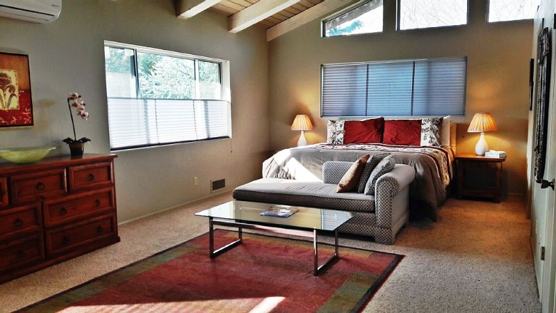 Gorgeous Sedona Guest Suite, holiday rental in Sedona