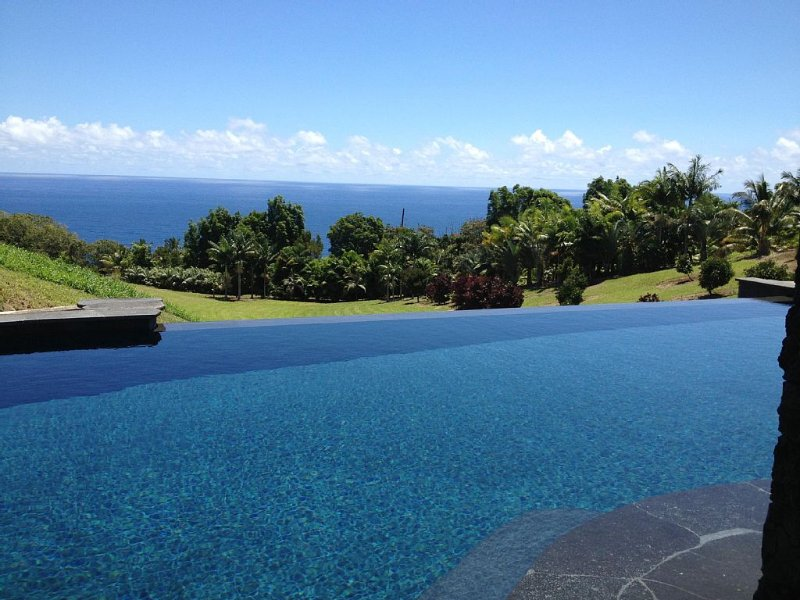 Exclusive, Dream Family Vacation Retreat., vacation rental in Laupahoehoe