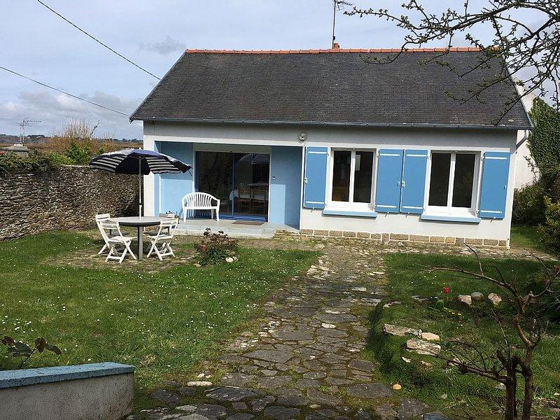LC 07  Maison individuelle située au centre du Conquet à 400m de la plage, holiday rental in Trebabu