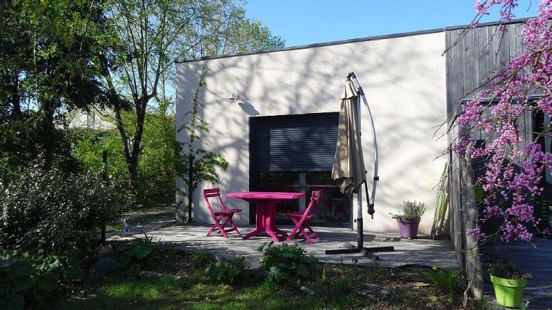 Appartement  proche La Rochelle dans une maison à ossature bois, vacation rental in La Rochelle