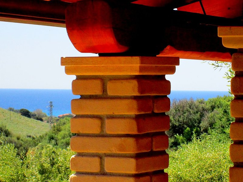 Comfortable house near the beach Solanas-Villasimius, location de vacances à Solanas