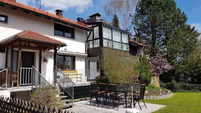 Neuwertig und gemütlich: schöne Ferienwohnung in der fränkischen Schweiz!, aluguéis de temporada em Franconia