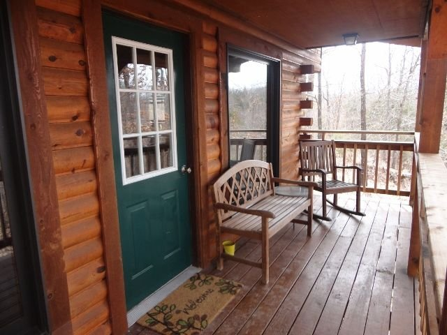 A Private Retreat to Escape the Busyness of Life, vacation rental in Steelville