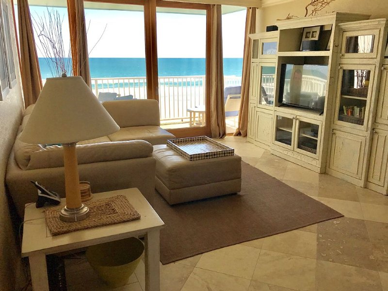 Private Oceanfront Balcony in Gated Complex...No crowded beach here!, vacation rental in New Smyrna Beach