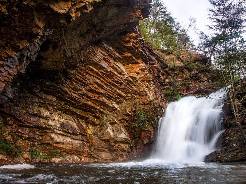 Cataratas de la cascada inferior - 1/2 milla de la cabina