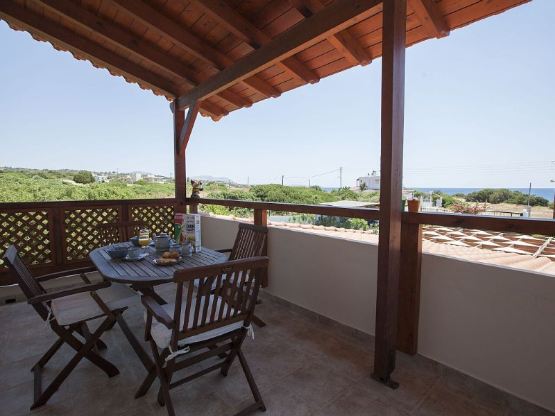 Villa With Private HEATED Swimming Pool. Just A Stone Throw Away From The Beach, holiday rental in Kiotari