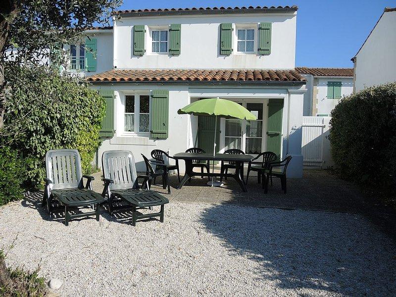 Maison 5 personnes dans résidence privée de la thalasso thérapie (15% de réducti, holiday rental in Ars-en-Re