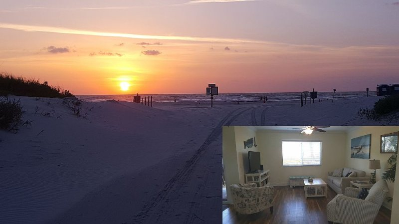AMAZING CONDO NEAR THE BEACH In St. Augustine!, casa vacanza a Saint Augustine