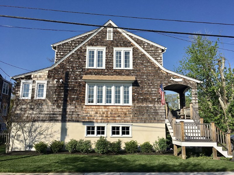 A Rare Cape May Diamond!  Gorgeous, new interior.  3 Blocks To Beach., holiday rental in Cape May