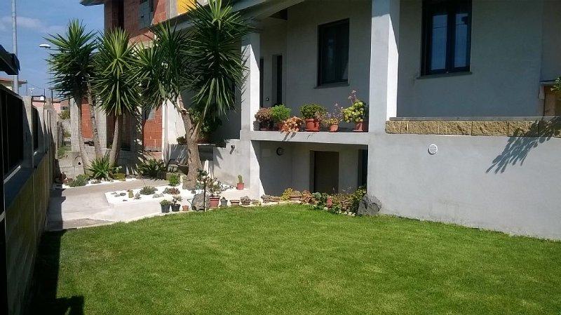 Appartamento Joanna        I.U.N. P3047, vacation rental in Donigala Fenughedu